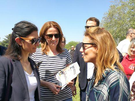 Sindaca Raggi con Marina Tamburrano di Earthday Italia e Antonia Testa del Movimento dei Focolari
